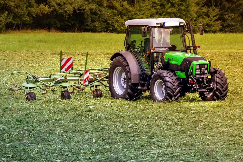 трактори